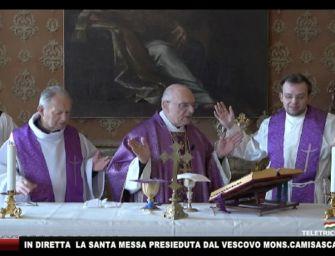 Coronavirus, anche la Chiesa si adegua: celebrazioni eucaristiche trasmesse in diretta streaming online