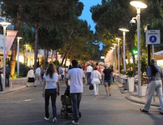 Turismo, settore in regione prova a reagire