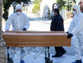 Covid. Reggio, aumento morti con picchi oltre il 70% nei periodi di ondate pandemiche