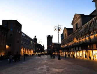 Prefetto di Ferrara blocca l'ordinanza di riapertura dei negozi