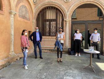 Coronavirus e cultura. A Reggio dal 31 maggio progetto espositivo open air