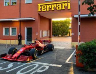F1. Leclerc sfreccia per le strade di Maranello
