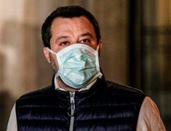 Salvini: chiederò di togliere l'obbligo della mascherina all'aperto