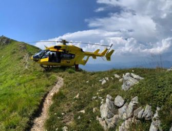 Monte Casarola, 78enne con difficoltà respiratorie tratto in salvo dall'elisoccorso