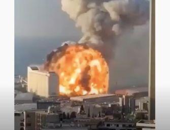 Inferno al porto di Beirut: il video dell'esplosione