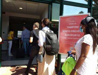 Coronavirus, al via i tamponi all'aeroporto Marconi di Bologna