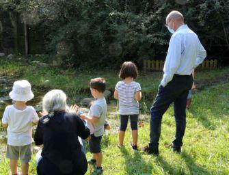 Reggio, aperto con una visita del sindaco Vecchi alla Allende il nuovo anno delle scuole d'infanzia