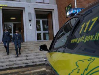 Funzionario della sede provinciale dell'Inail di Parma arrestato per corruzione