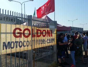 Alla Goldoni di Carpi presidio permanente dei lavoratori dopo il dietrofront della proprietà sul concordato