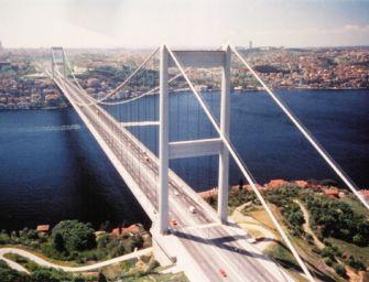 Il maleficio del ponte sullo Stretto