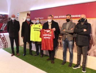 Conad Centro Nord cede le quote dell'AC Reggiana ma porta il marchio come sponsor sulle maglie granata
