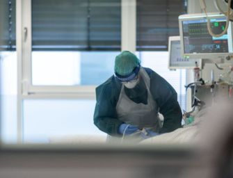 Agenas: terapie intensive Covid oltre la soglia critica in 17 regioni, tra cui anche l'Emilia-Romagna
