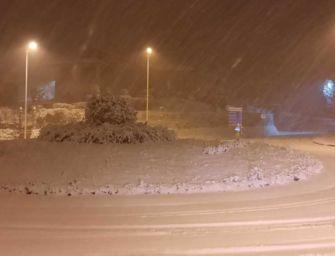 Modena. Caduti 30 cm di neve in montagna: strade aperte, ma rischio ghiaccio
