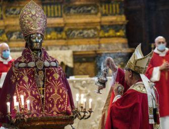 Covid, ci si mette anche San Gennaro