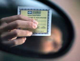 A Reggio scoperta grazie al Targa System un'assicurazione auto falsa: denunciati due truffatori