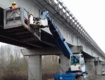 Procedono secondo i piani i lavori sul ponte sul Po tra Guastalla e Dosolo