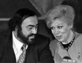 Il teatro comunale di Modena sarà intitolato a Luciano Pavarotti e Mirella Freni