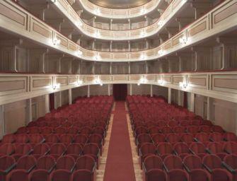 """""""Facciamo luce sul teatro"""", il Ruggeri di Guastalla si illumina"""