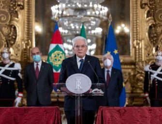"""Manca una maggioranza, Mattarella: """"Serve un governo di alto profilo"""""""