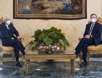 Mario Draghi al Quirinale a colloquio con Mattarella. Primo effetto sui mercati: Borsa in rialzo, spread giù