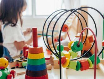 Schiaffi ai bimbi, maestra di un asilo comunale di Bologna sospesa per 6 mesi