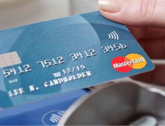 Cavriago. Ruba il portafogli di un collega e tenta di fare acquisti con la carta di credito: denunciato