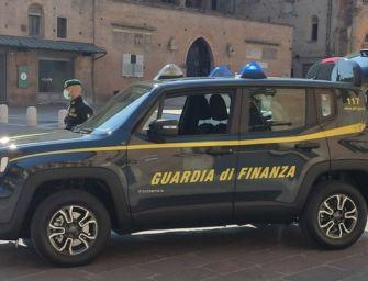 La Guardia di finanza di Bologna ha confiscato beni per un milione di euro a un pregiudicato 60enne