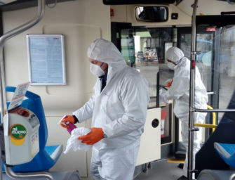 Controlli a sorpresa dei Nas sugli autobus di Seta, nessuna traccia del virus Sars-Cov-2