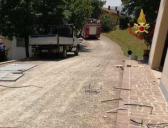 Esplosione causata da una fuga di gas a Toano, gravemente ferito un uomo di 58 anni