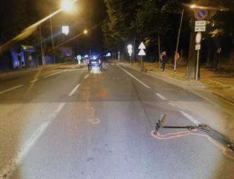 Scontro tra auto e monopattino a Imola, in ospedale un ragazzo di 19 anni