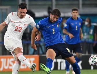 Doppietta di Locatelli, poi Immobile: 3 a 0 alla Svizzera. Italia qualificata