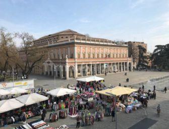 Reggio. Il mercato cittadino resta in piazza Martiri del 7 luglio e della Vittoria