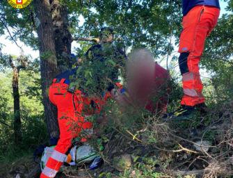 Baragazza. 75enne scivola sul sentiero sterrato e si ferisce a una gamba: salvato dal Soccorso alpino