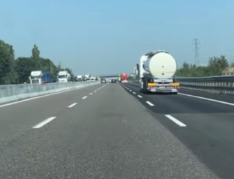 Incidente sull'autostrada A14 tra il bivio per l'A13 e Casalecchio, una persona ferita