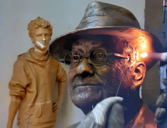 Bologna dedica una statua a Lucio Dalla vicino alla casa natale dell'artista