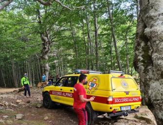 Uomo di 61 anni cade e si infortuna nel Parco dei Gessi durante una passeggiata: soccorso da Saer e 118