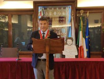 A Bologna anche la sagoma di Patrick Zaki alla consegna dei diplomi di laurea del suo master