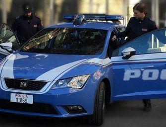 Reggio. Un 44enne accoltellato dall'ex fidanzata sotto il Valli