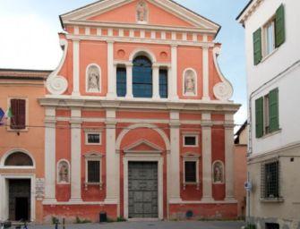 Correggio. Rubano le offerte in chiesa, due 30enni del paese filmati