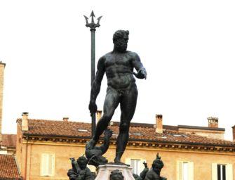 Bologna, a picco l'affluenza. Mai così: vota 51,87%